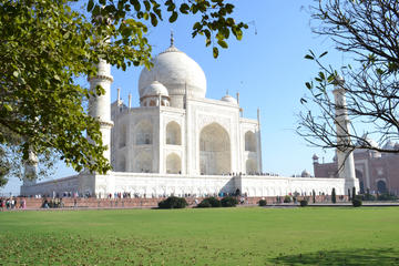 A Leisure Trip to Agra From Delhi