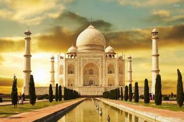 Agra:Private Tour with Taj Mahal from Delhi