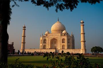 Epitome of Love: Taj Mahal at Sunrise