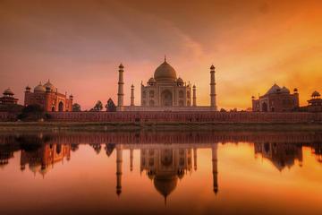 Sunrise Taj Mahal Tour from Delhi by Car