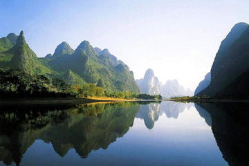Guilin Li River Cruise to Yangshuo with Lunch and Hotel Bus Transfers