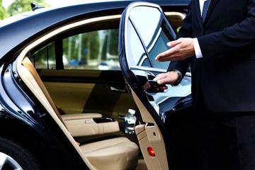 Private Arrival Transfer: Beijing Railway Stations to Hotels in...