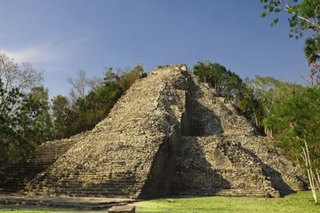 Kombinierte Cancun-Tour: Xel-Ha und Coba-Ruinen an einem Tag ab Cancun