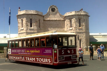 Fremantle Hop-On Hop-Off Tram Tour