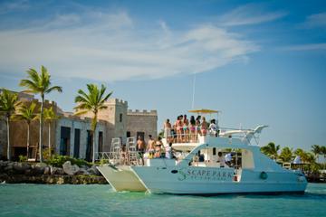 Excursión de un día con crucero en catamarán en Cap Cana