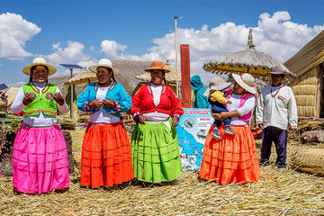 Full Day Tour Uros and Taquile...