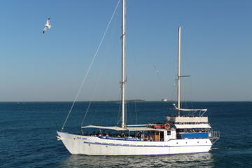 Darwin Sunset Dinner Cruise Aboard a Traditional Ketch