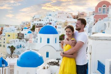 4-day Romantic Santorini Package with Akrotiri, Wine Tasting, and Sunset Cruise