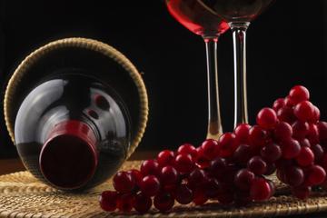 Excursão Privada: Degustação de Vinhos em Santorini incluindo Comidas...