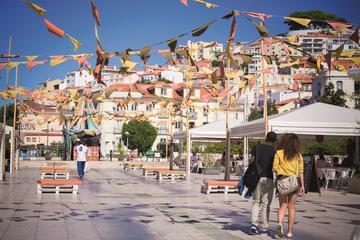 Lissabon-combi: wandeling door de stad en avondentertainment met tapas