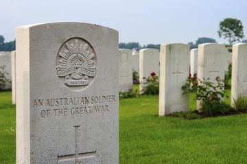 Excursão em um pequeno grupo para Somme Battlefields, Fromelles e...