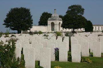 Exklusivt för Viator: privat tur runt Flanderns slagfält under första ...