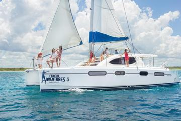 Luxury Sailing and Snorkeling in Riviera Maya