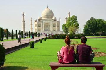 Same Day Taj Mahal Tour From Delhi