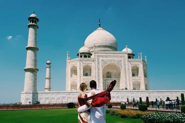 Taj Mahal Mughal Tour By Gatiman Express Train