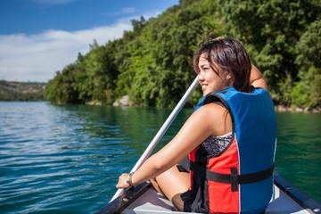 Canoa por el río Belice desde San Ignacio