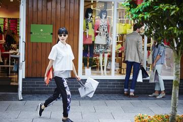Excursión de un día de tiendas a Kildare Village desde Dublín