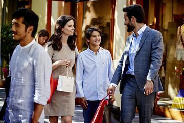 La Roca Village: Shopping-Tagesausflug ab Madrid