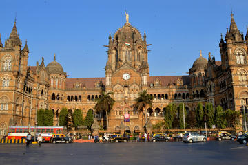 A Walking Tour of Mumbai
