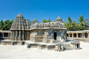 Architecture and Landscaping: An Excursion to Somanthpur from Mysore