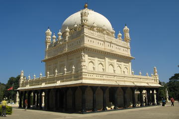 For Battles and Blood: An Excursion to the City of Srirangapatnam from Mysore