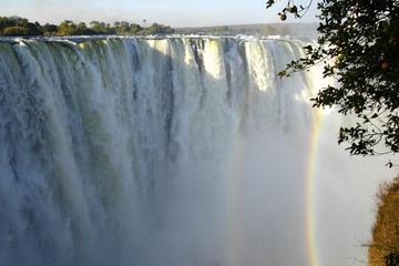4-Day Victoria Falls Tour: Zambezi...