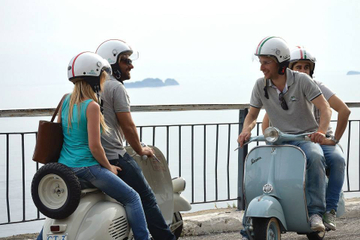 Private Tour: Neapel Sightseeing im Vespa