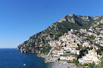 Private shore excursions Pompeii and Amalfi Coast from Naples