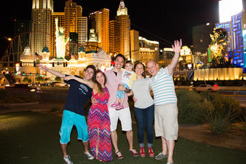 Exclusivo de Viator: Strip de Las Vegas en limusina con fotógrafo...