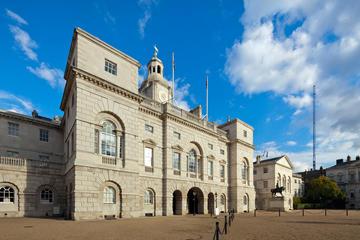 Entrada al Museo de la Caballería Real en Londres