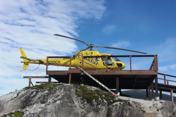 Taku-Gletscher mit Hubschrauber und Airboat ab Juneau