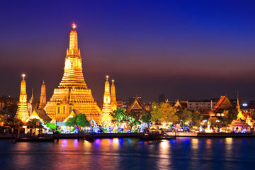 Tour privato: esperienza serale a Bangkok con cena thai vicino al