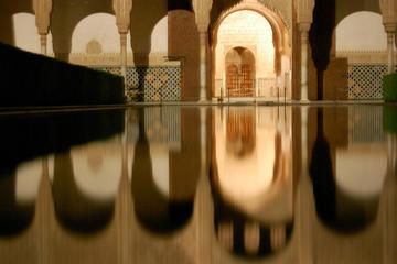 2-stündige Abendtour durch Alhambra...