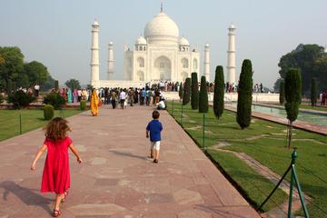 Same Day Taj Mahal Tour With Lunch & Entrances