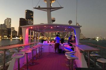 Sibarita Master Party Bay Cruise Cartagena