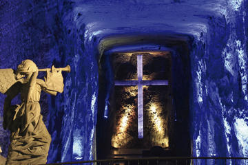 SALT CATHEDRAL OF ZIPAQUIRA AND SABANA FULL-DAY TOUR WITH LUNCH