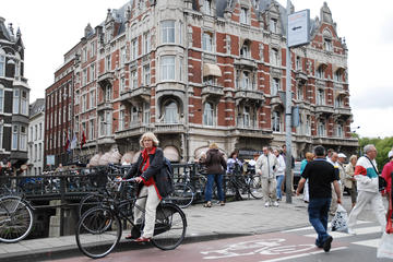 Private Morning or Afternoon Bike Tour of Amsterdam's City Center