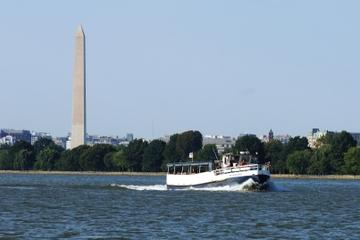 Cruzeiro por monumentos e memoriais em Washington DC pelo rio Potomac