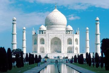 Taj Mahal and Same Day Agra Sightseeing from Delhi By AC Car