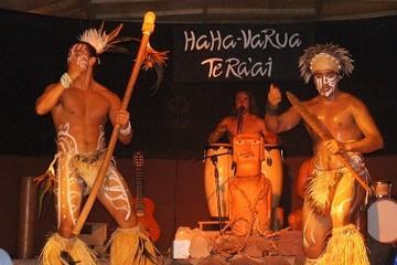 Cena y espectáculo tradicional Rapa Nui