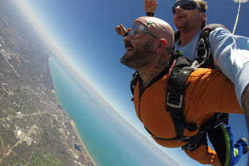 Book Tandem Skydive in Chicago with Pictures or Video Included on Viator