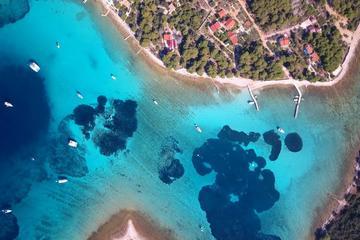 Three Islands Half Day Tour by Speedboat