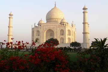 Taj Mahal Tour by Train from Delhi