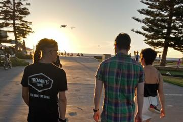 Go where the locals go on our Fremantle bar tour, 4 venues with drinks included