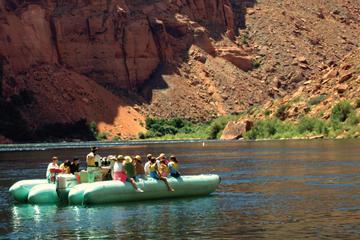 Heldagstur till Arizonas höjdpunkter: Antelope Canyon, Lake Powell ...