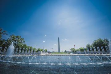 DC City Tour by Bus with Reserved Monument Entry and Lunch