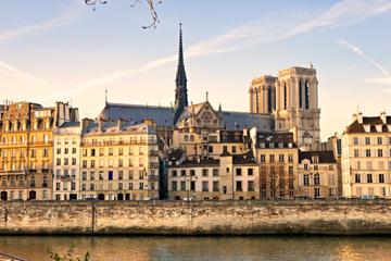 Excursión privada: Recorrido a pie histórico por París y entrada sin...