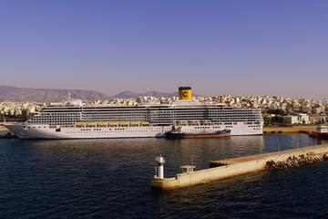 Athens Private Transfer Service: Piraeus Port to Hotel (Night...