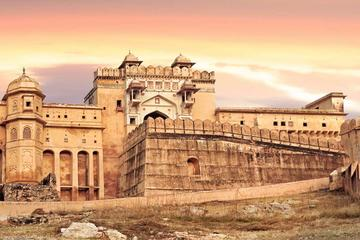 2 Days Agra & Jaipur tour by Superfast Trains