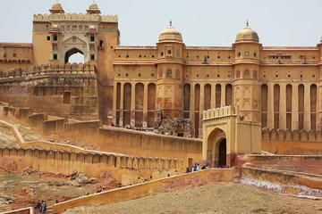 Private 3 Days Golden Triangle tour India with 4 Star Hotels
